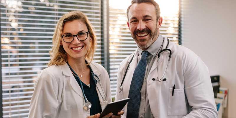 Freundliche Ärzte.