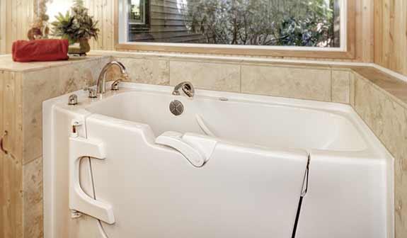 Einbau einer Badewannentür