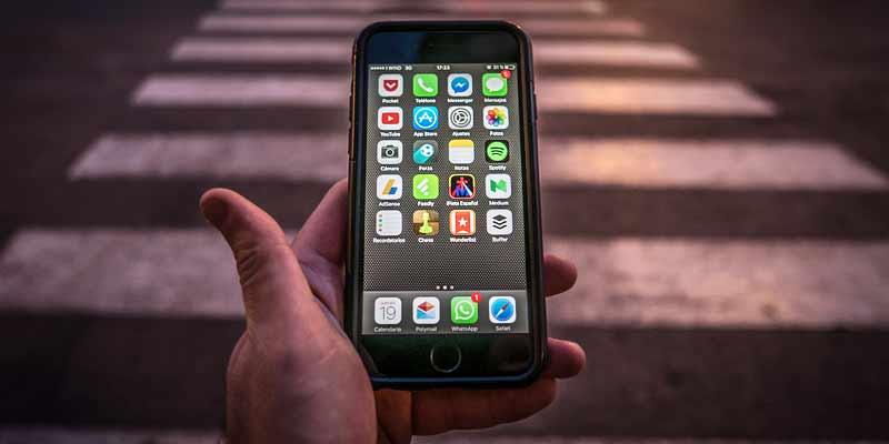 Smartphone im Straßenverkehr