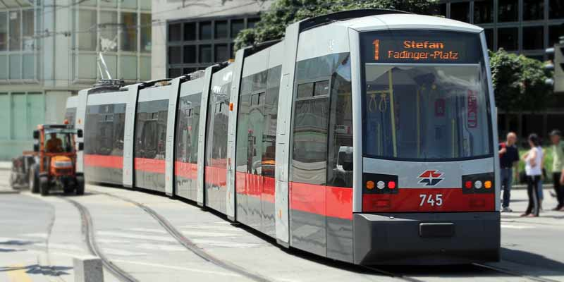 Öffentlicher Personennahverkehr - Straßenbahn