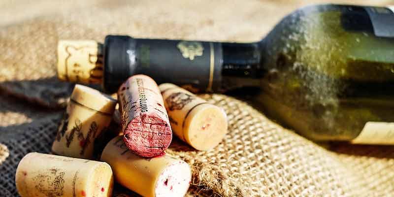 Weinflasche und Korken