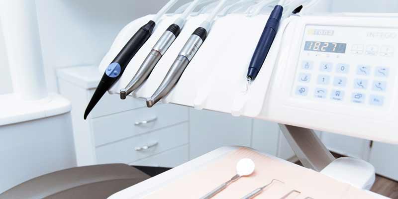 Zahnarzt-Behandlungsraum