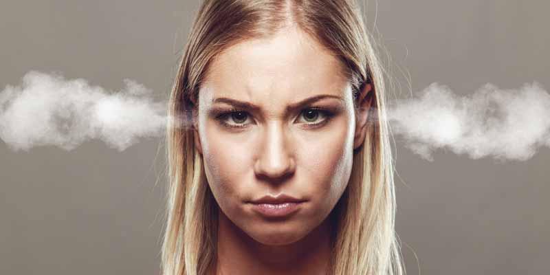 Frau ist wütend